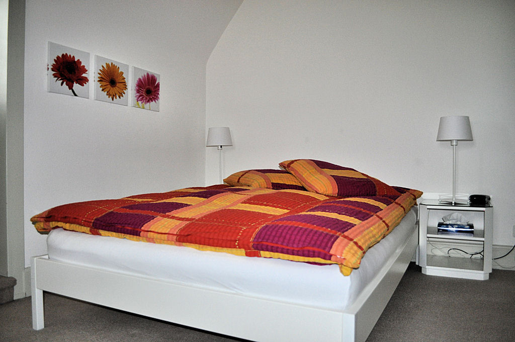 Apartment - double room - Bed & Breakfast - Margrit Küng, 8200 Schaffhausen